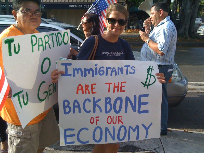 immigrantsbackbonesign